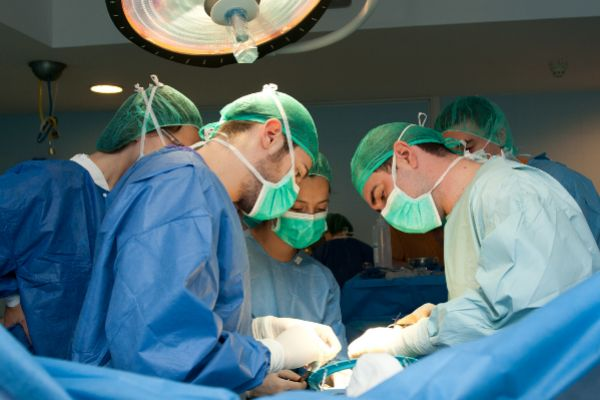Hospital de Bellvitge, nuevo referente en cirugía de cambio de sexo.