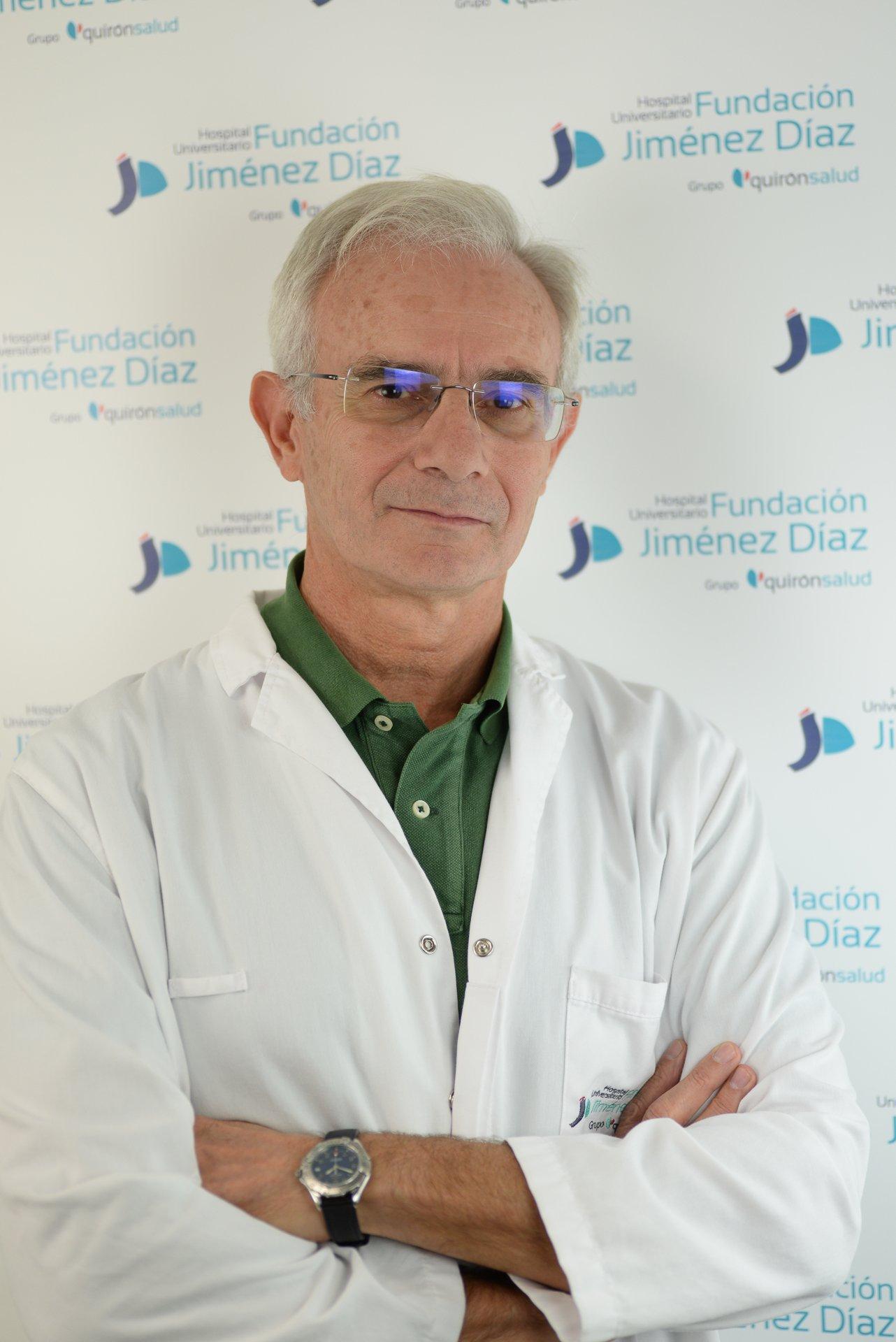 """Miguel de Górgolas: """"Hace falta más educación sexual entre los jóvenes"""""""